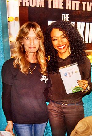 Sonequa Martin Green—Sasha on TV show``The Walking Dead.``2013 with her new Block Sharpener